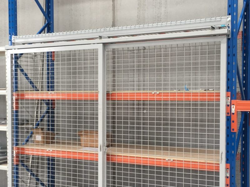 selective racking - safety gate (2)-min